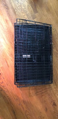 """Dog kennel like new measure 30""""lx18.5""""Wx 21""""h Franklin"""