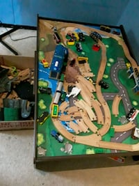 Train toy table  great condition