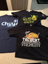 Chuy's Dallas tees size S