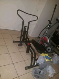 Exercise machines. Elgin, 60120