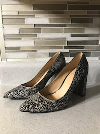 Banana Republic Heels Black and Yellow  Arlington, 22240