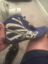 Wrestling shoes only wore 5 times Woodbridge, 22192