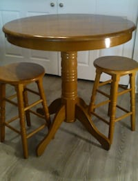 Solid Wood Café Counter Height Table