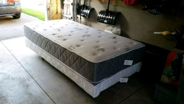 ADJUSTABLE TWIN BED WITH MEMORY FOAM MATTRESS $750