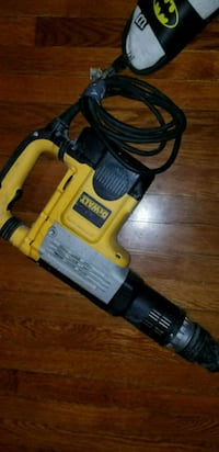yellow and black DeWalt reciprocating saw Edison, 08837