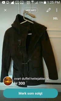 black trench coat skjermbilde