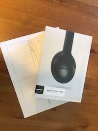 Bose headphone with receipt qc 35 ll Toronto, M9A 3J9
