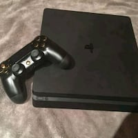 """PS4 and Samsung tv 52""""  Mississauga"""
