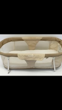 Portable white and beige bassinet Toronto, M3B 1R2