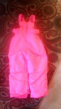 Girls size 3T Cat and Jack snow pants