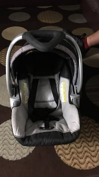 baby's black and gray car seat carrier London, N6K 1L4