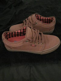 Vans low tops shoes