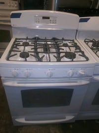GE gas stove Working perfectly4 months warranty Baltimore, 21223