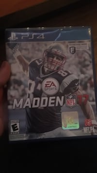 Madden NFL 17 PS4 game case Tallahassee, 32304