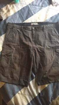 Levi's 42 Waist Shorts Dark Grey Short to Mid Length