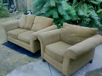 Gold tone Loveseats and chair set Fresno, 93727