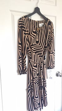 Geo print - Beige/Black dress with belt sash Laval, H7M 2E8