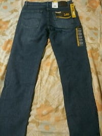 Lee straight fit jeans 32×32 Stockton, 95207