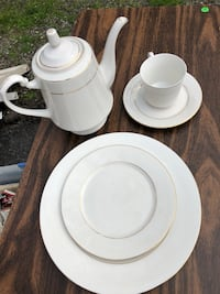 Table setting for 8 with coffee or tea server. Silver Spring, 20904