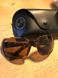 Authentic ray ban polarized sunglasses London, N5Y 2A7