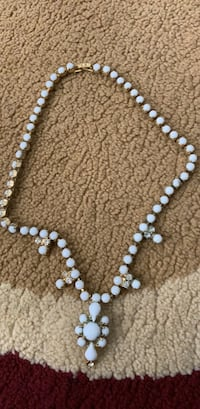 white and brown beaded necklace Dayton, 45403