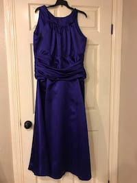 Beautiful purple evening gown. Excellent condition