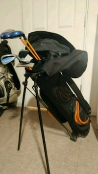 Golf bag and clubs for kid Beaconsfield, H9W