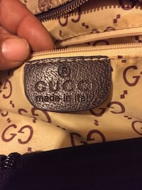 Authinic Gucci book bag Wilkinsburg, 15221