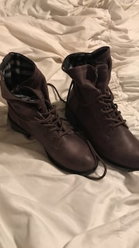 brown leather combat boots Bristol, 37620