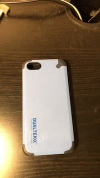 Dualtek 5s phone case Fort McMurray, T9H 5P9