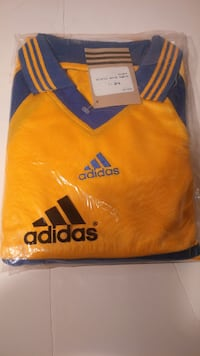 Soccer Jersey with Shorts and Socks – Brand New Adidas Retro York