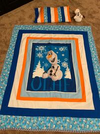 Disney Olaf quilt/bedspread, pillow case and Olaf Character! So cute!! Sioux Falls, 57103