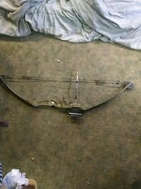 Bear white tail 11 compound bow  Port Allegany, 16743