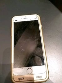 Cracked i phone Apple 6
