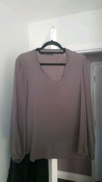 Zara shirt size small New Westminster, V3M 5J6