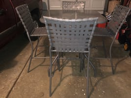 Outdoor 5 pc Glass Top Table Set.