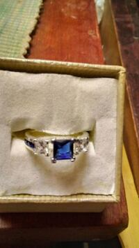 GOURGOUS BLUE SAPPHIRE / BAGGETTS RING Colorado Springs, 80904