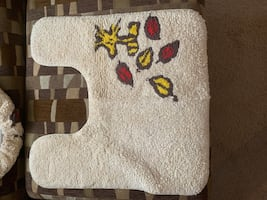 Snoopy bath rug and toilet cover