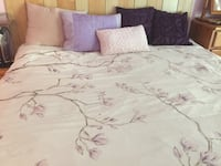 Queen cotton duvet cover Burnaby, V5C 3T8