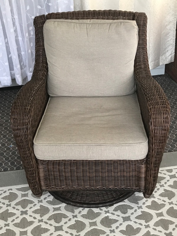Stupendous Brown Wicker Frame Gray Padded Swivel Chair Cjindustries Chair Design For Home Cjindustriesco