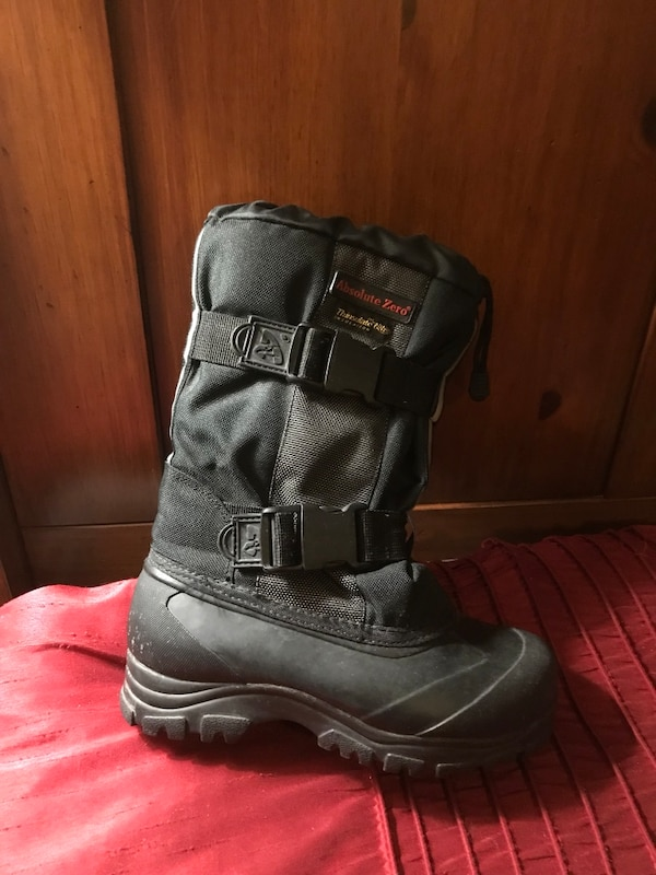 Pair of black leather boots size 6