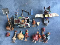 Chicken run toys (broken, missing pieces and dirty) Boca Raton, 33431