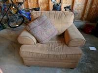 brown fabric sofa chair  Waterloo, N2T 2V5