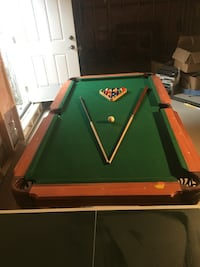 Green and brown billiard table Brampton, L6V 3Y2