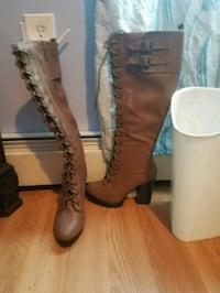black-and-brown leather 2-buckle chunky heeled riding boot