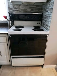 white and black 4-burner range Sudbury, P3L 1G6