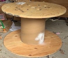Large wooden spool - great table size