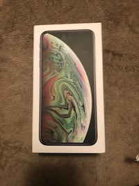 iPhone XS Max 64 Gb unlocked for any carrier
