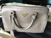 gray Michael Kors leather tote bag Pompano Beach, 33069