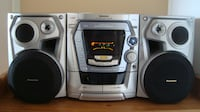 Panasonic CD stereo system with mp3 539 km